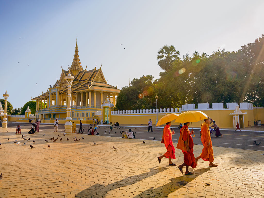 Outside Phnom Penh's Royal Palace grounds. Photo by Yadid Levy.