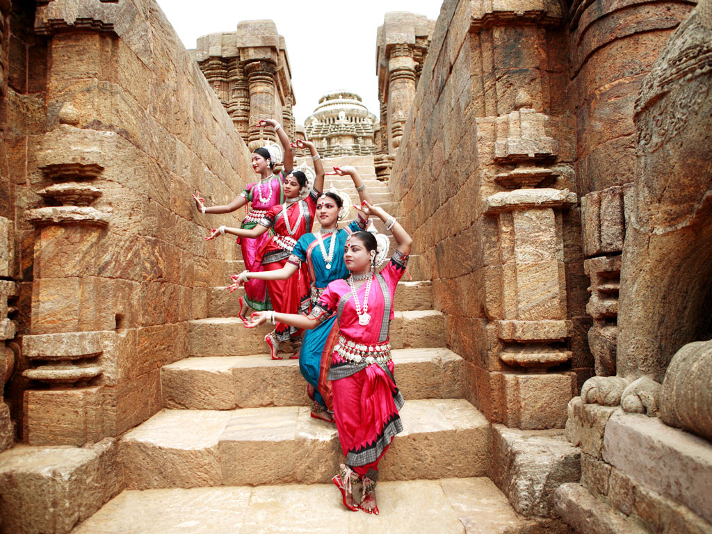Eminent Odissi performers grace the premises of the 10th-century Mukteswar Temple. Photo by: Visage/Getty images