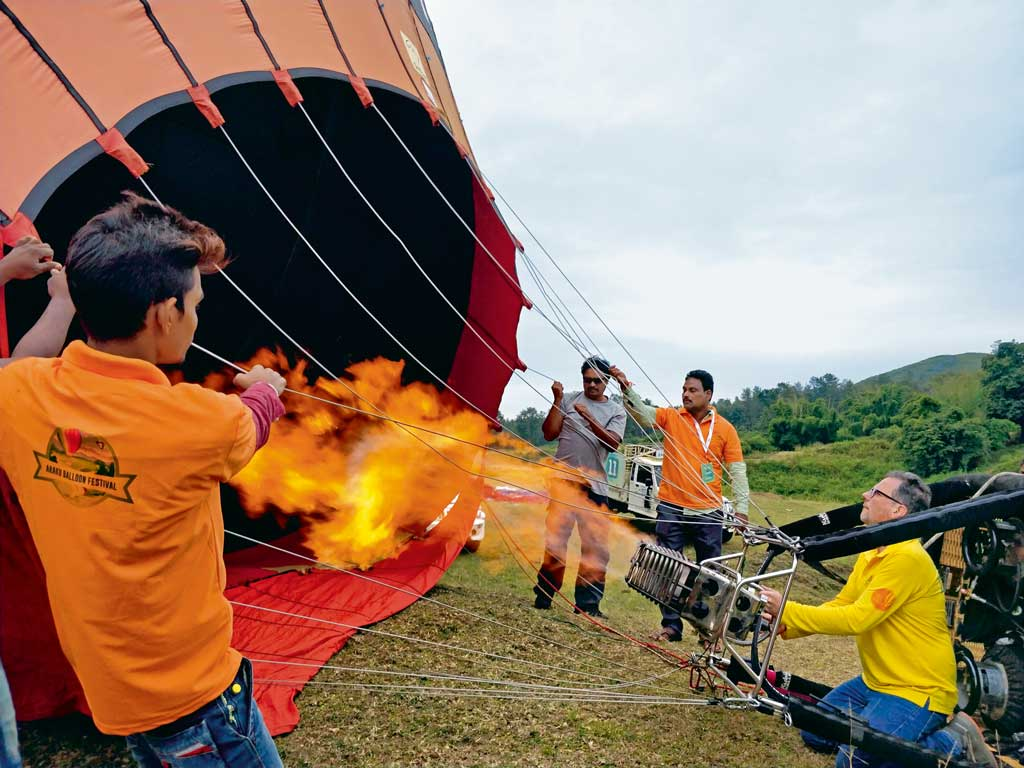 The first Araku Hot Air Balloon Festival saw 16 teams from 13 countries participating in rides.
