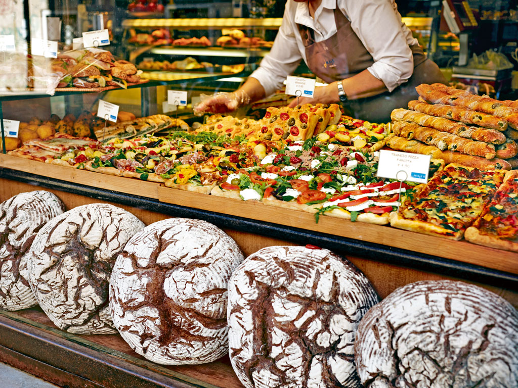 Display windows of food stores across Venice are drool-worthy. Photo by: Gary Yeowell/ Photolibrary/Getty Images