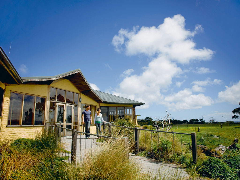 Eco-friendly Getaway: The Great Ocean Ecolodge, Australia