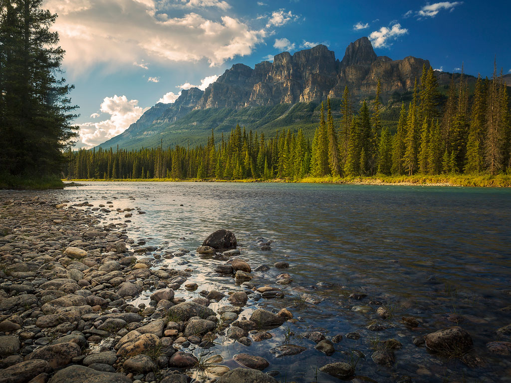 Sponsored: Driving Through the Canadian Rockies on a Dream Vacation 4