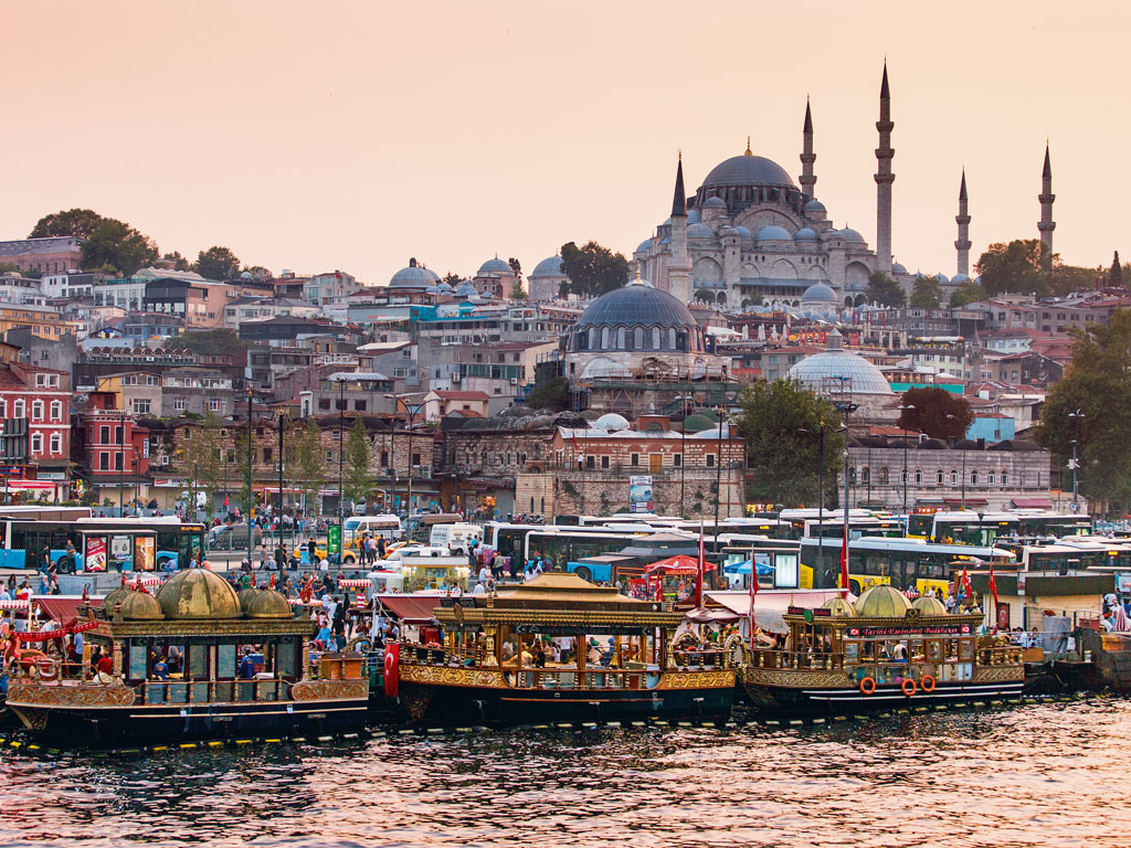 The Süleymaniye Mosque is an iconic symbol of Istanbul. Photo by: frantic00/shutterstock