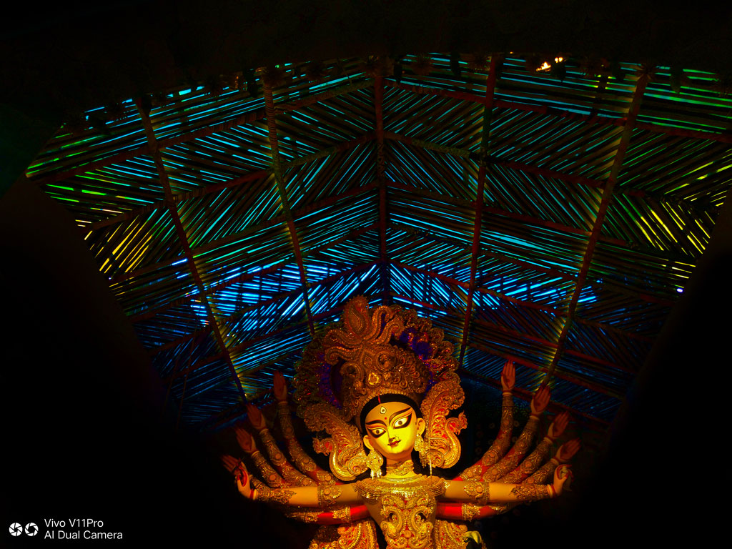 Sponsored | Lenscape: The Magic of Kolkata in Photos 8