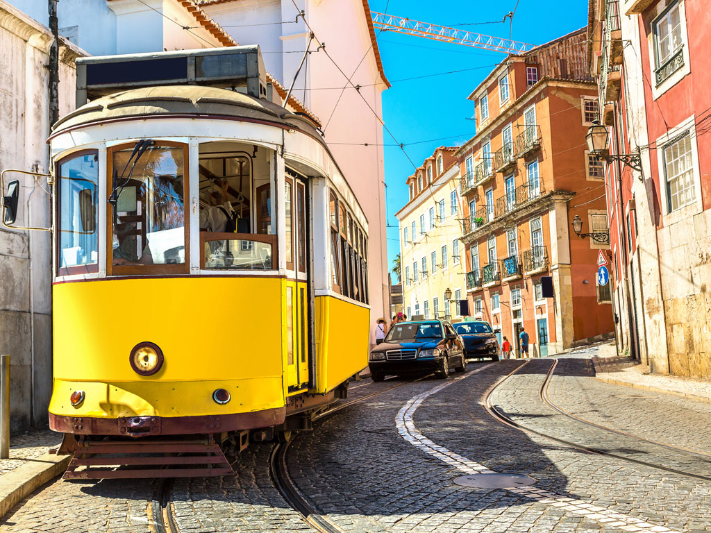 Sponsored: The City of Seven Hills: Lisbon 1