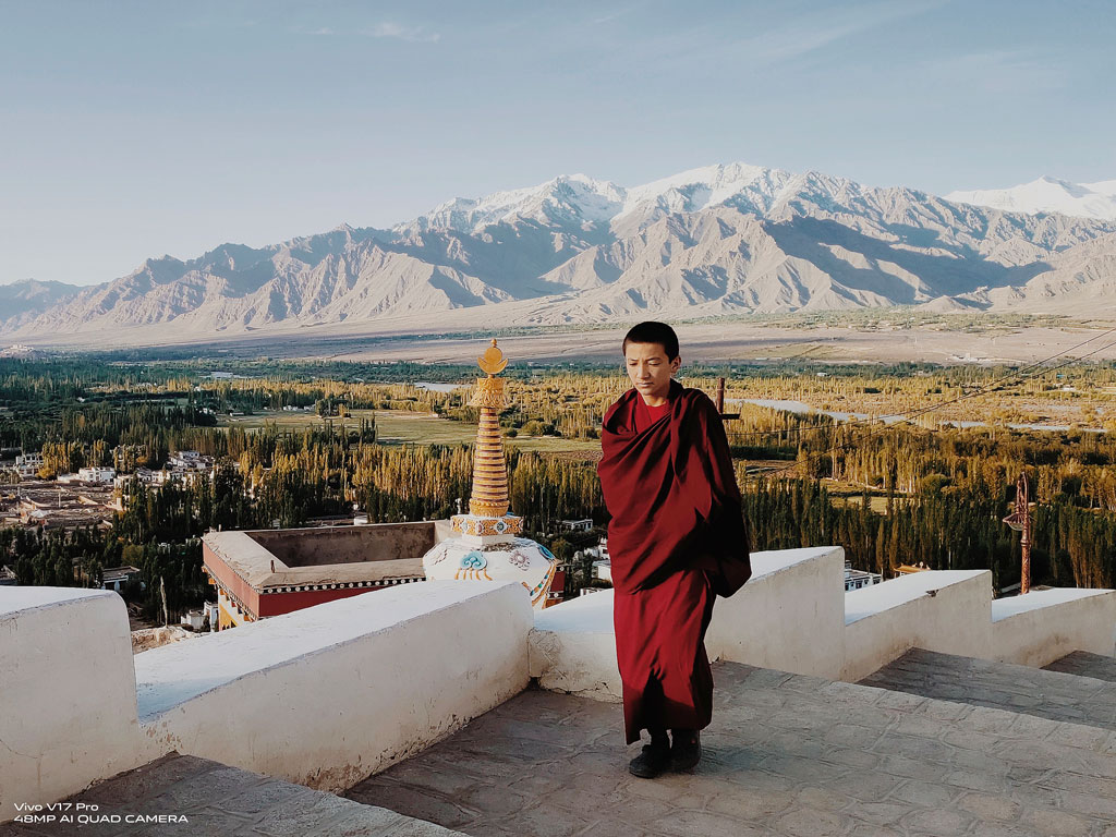 Sponsored: In the Vivacious Landscapes of Ladakh With My Vivo