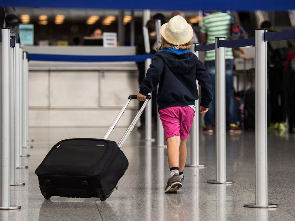 Flying With Kids? Follow These Tips For a Stress-Free Flight