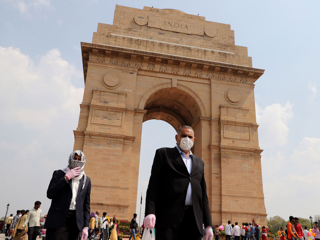 In Photos | Deserted Streets Flank a Coronavirus-hit Delhi 1