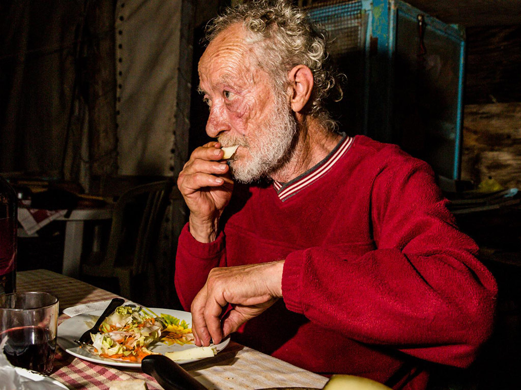 This Man Lived Alone on an Island for 31 Years 3