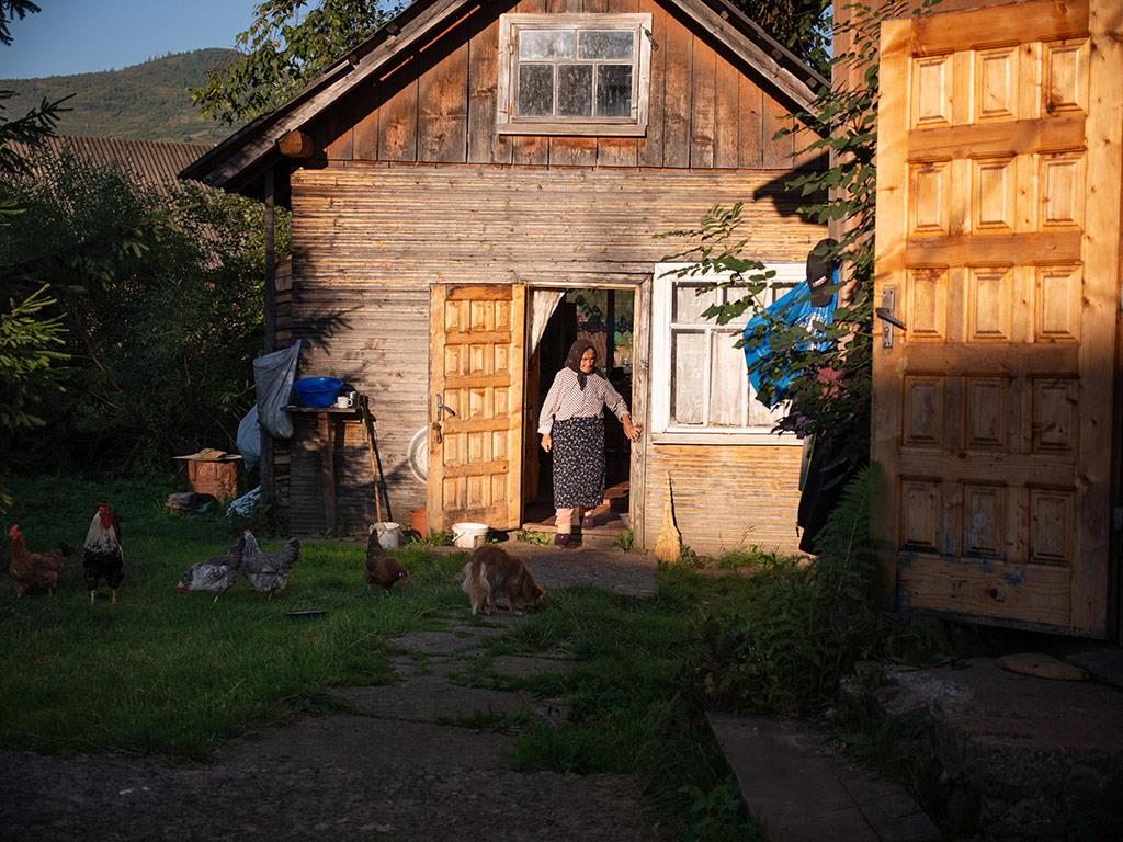 In Photos | Ukraine's Untouched Mountain Village 5