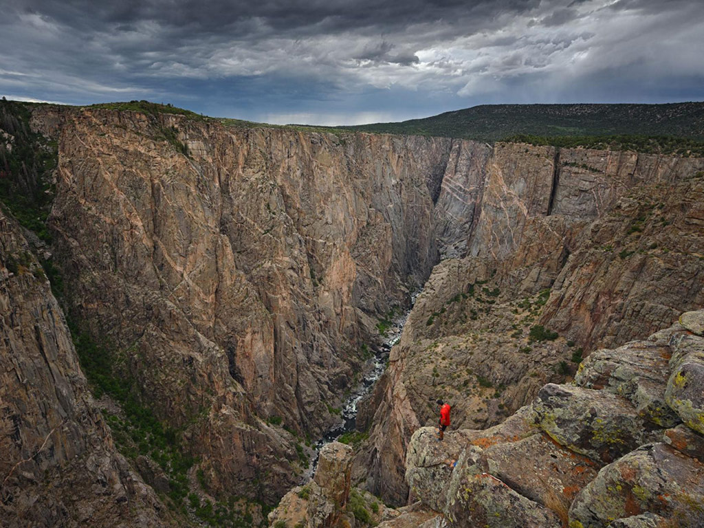 Peer into a Hidden Abyss at Colorado's Least-visited National Park 6