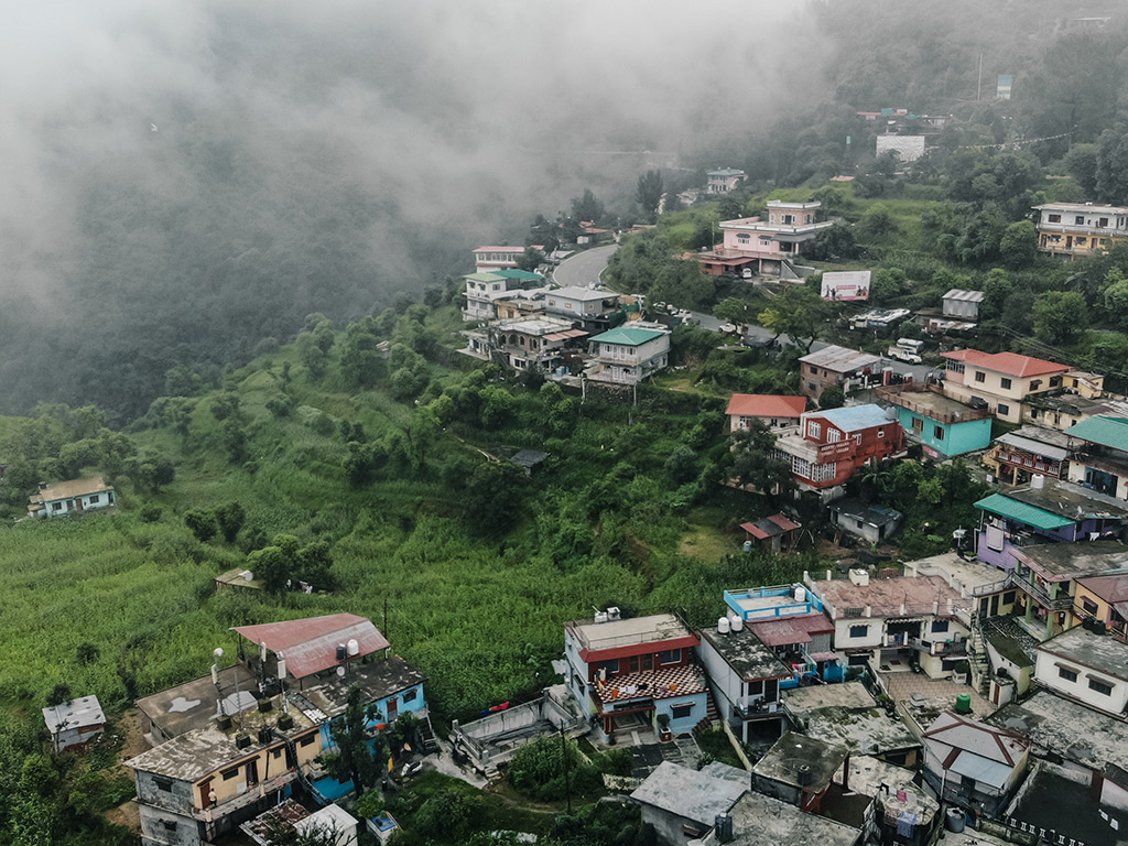 Flash Flood in Himachal, Overcrowding in Uttarakhand Cause Tourist Concern