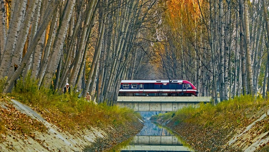 Scenic Indian Rail Routes to Fall in Love With Trains Again