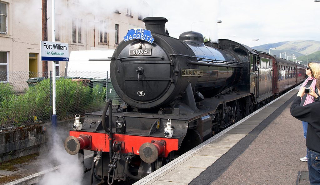 You can pretend you're on your way to Hogwarts with a ride on the Jacobite Steam Train. Photo: Christoph Strässler/Flickr/Creative Commons (http://bit.ly/1jxQJMa)