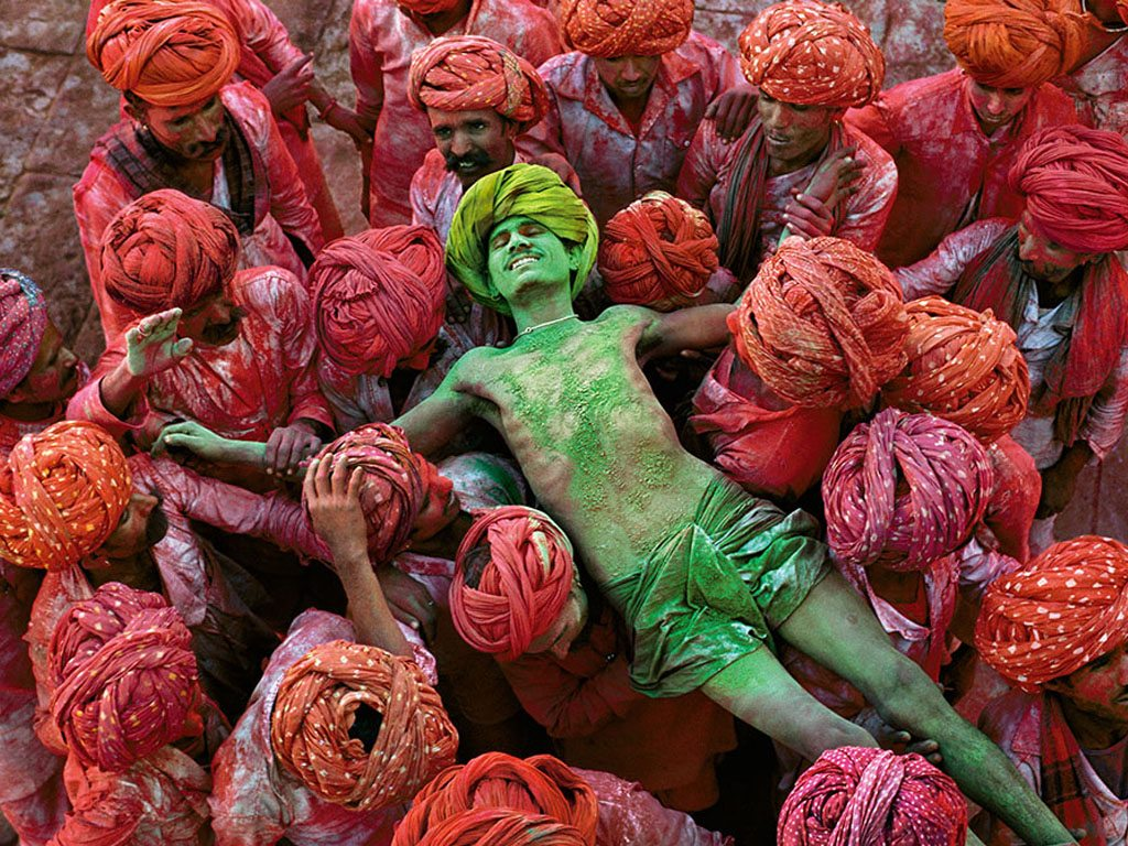 Holi Rajasthan India Steve McCurry