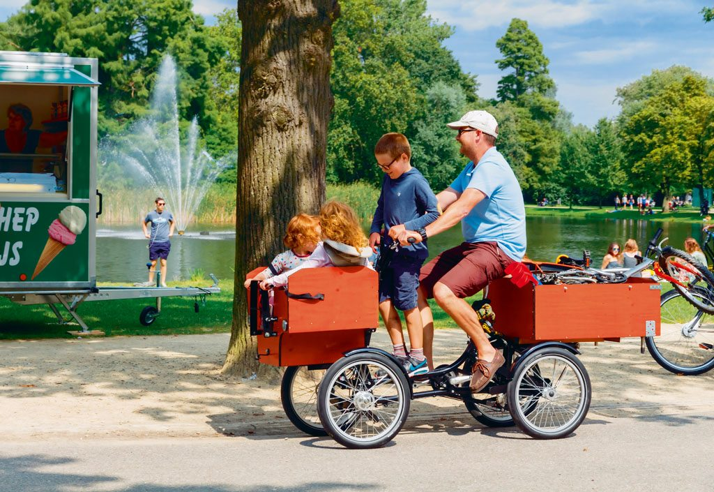 bicycle with family