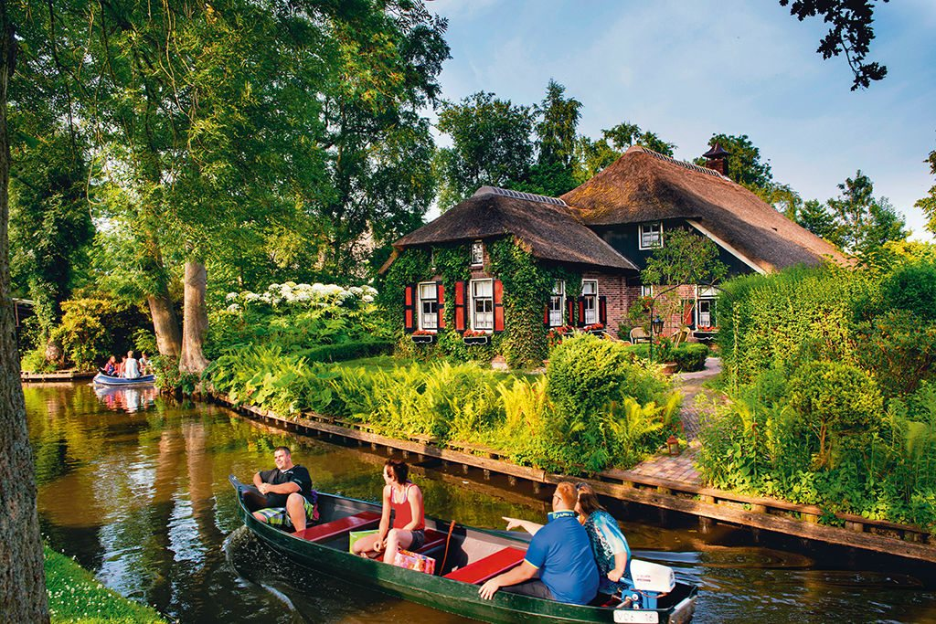 Giethoorn, Netherlands. Photo: Christopher Hill/ Alamy/ Indiapicture