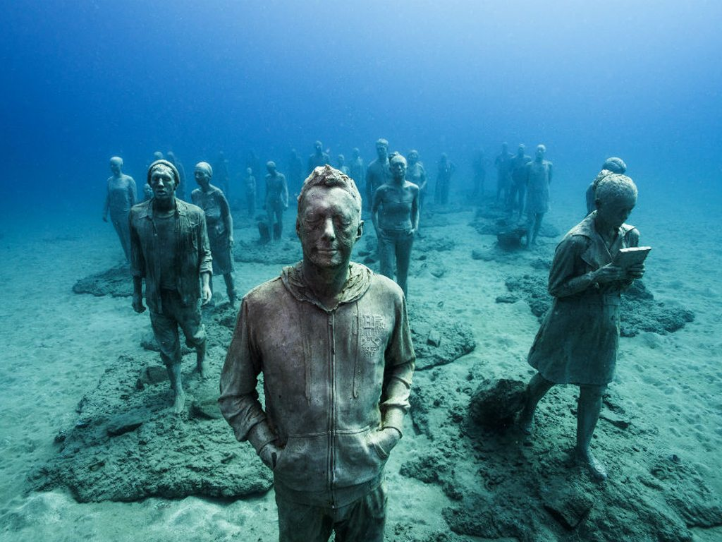 "Thirty-five statues make up ""The Rubicon"", the Museo Atlantico's main installation. Photo: Jason Decaires Taylor/Cact Lanzarote"