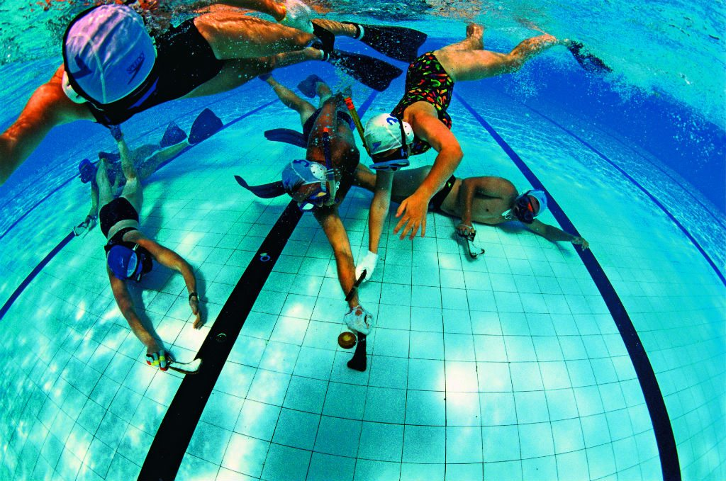 Underwater hockey is more about fi tness than skill. Photo: Darryl Torckler/The Image Bank/ Getty Images