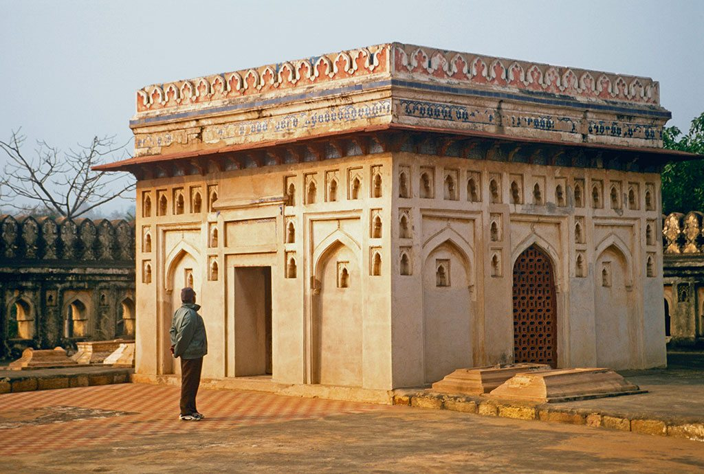 The enclosed Jamali-Kamali tomb usually has a guard outside, no doubt to dissuade ghost hunters who are drawn to the site's rumoured hauntings. Photo: Ashoo Sharma/Indiapicture/Dinodia
