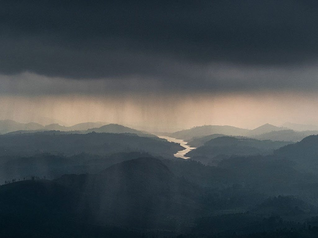 rain over valparai, photo by Venkatesan Elumalai