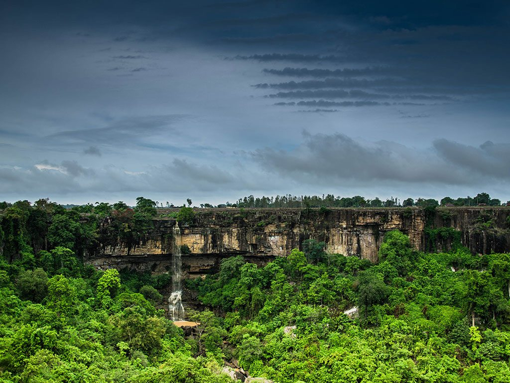 chhattisgarh waterfall, photo by Ankur Shekdar