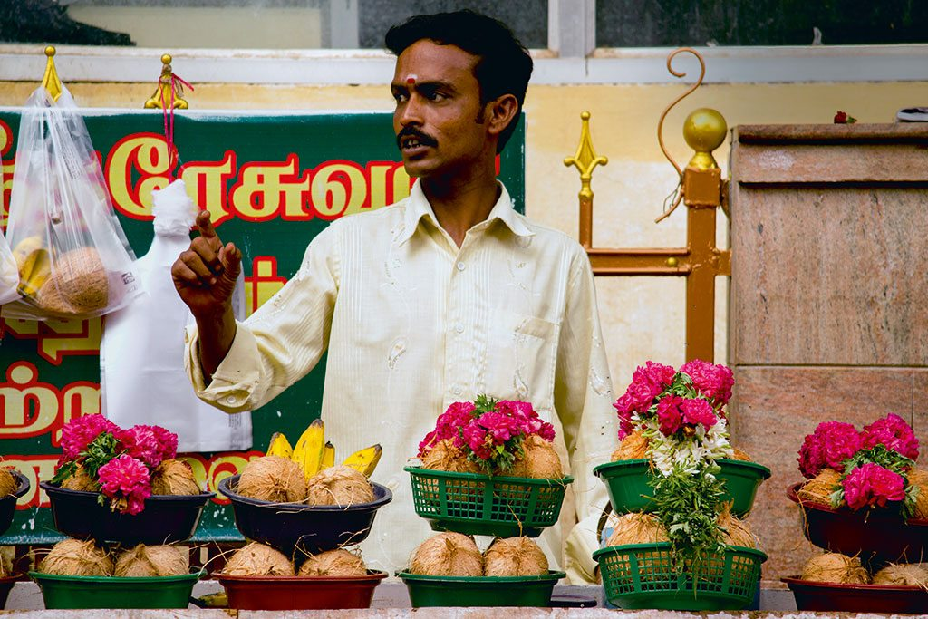 The market of Madurai's Old Town stays open till the wee hours of the morning, when it's aarti time. Photo: Ayan Ghosh