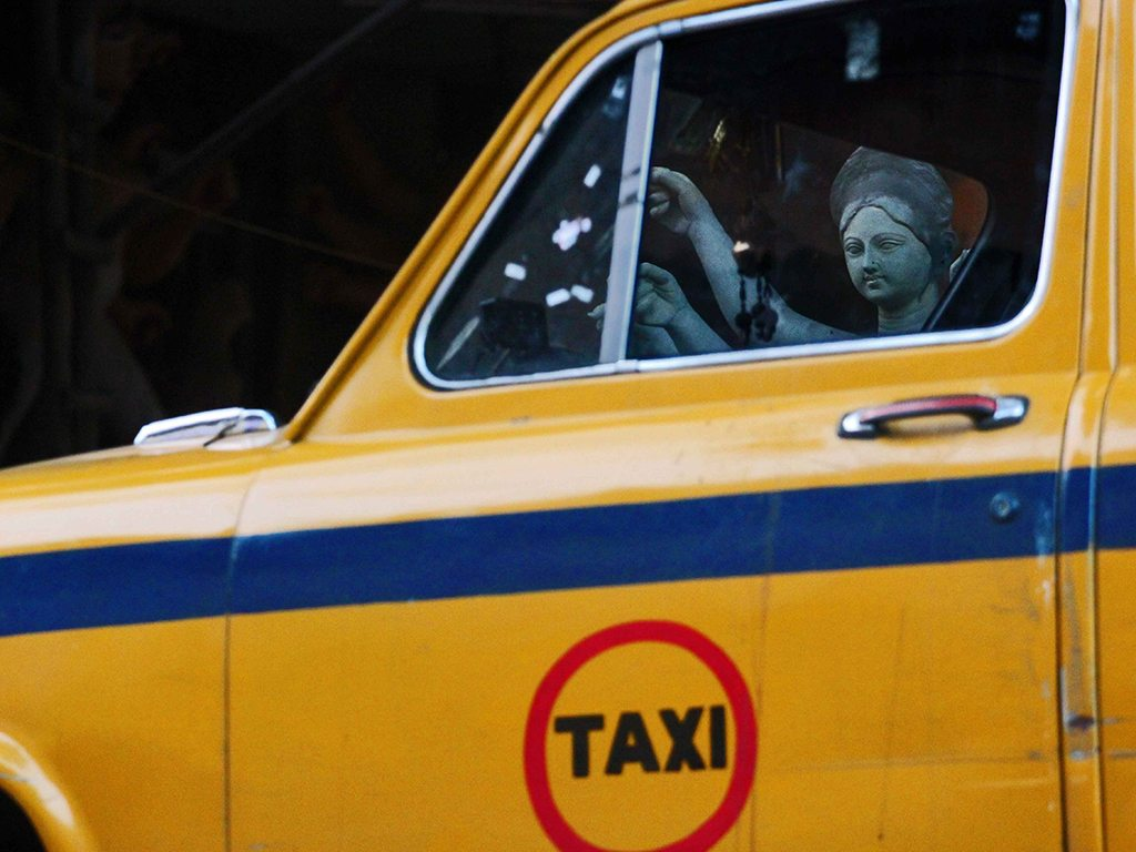 kumartuli taxi, photo by Sammya Brata Mullick