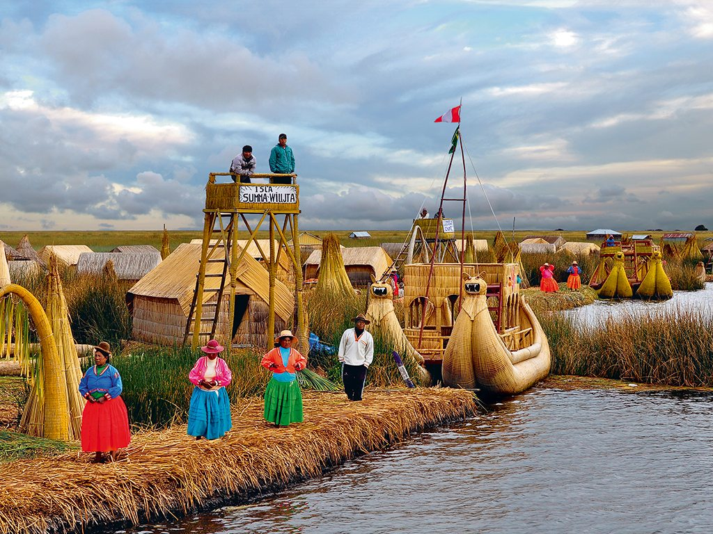 Columns For Homes The Floating Islands Of Peru S Lake Titicaca Nat Geo