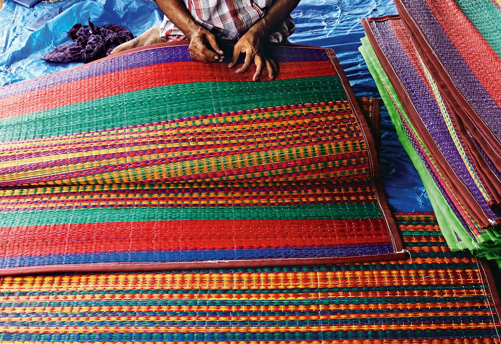 Handicraft Holidays Artisan Towns And Villages With Rich Handmade