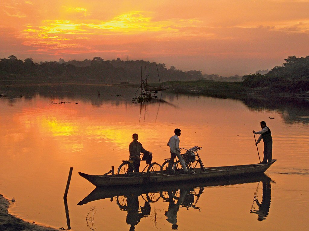 Ferry rides from the ghats to Majuli island are very scenic, especially at sunset when the landscape takes on a rich, amber tone. Photo: Anurag Mallick and Priya Ganapathy