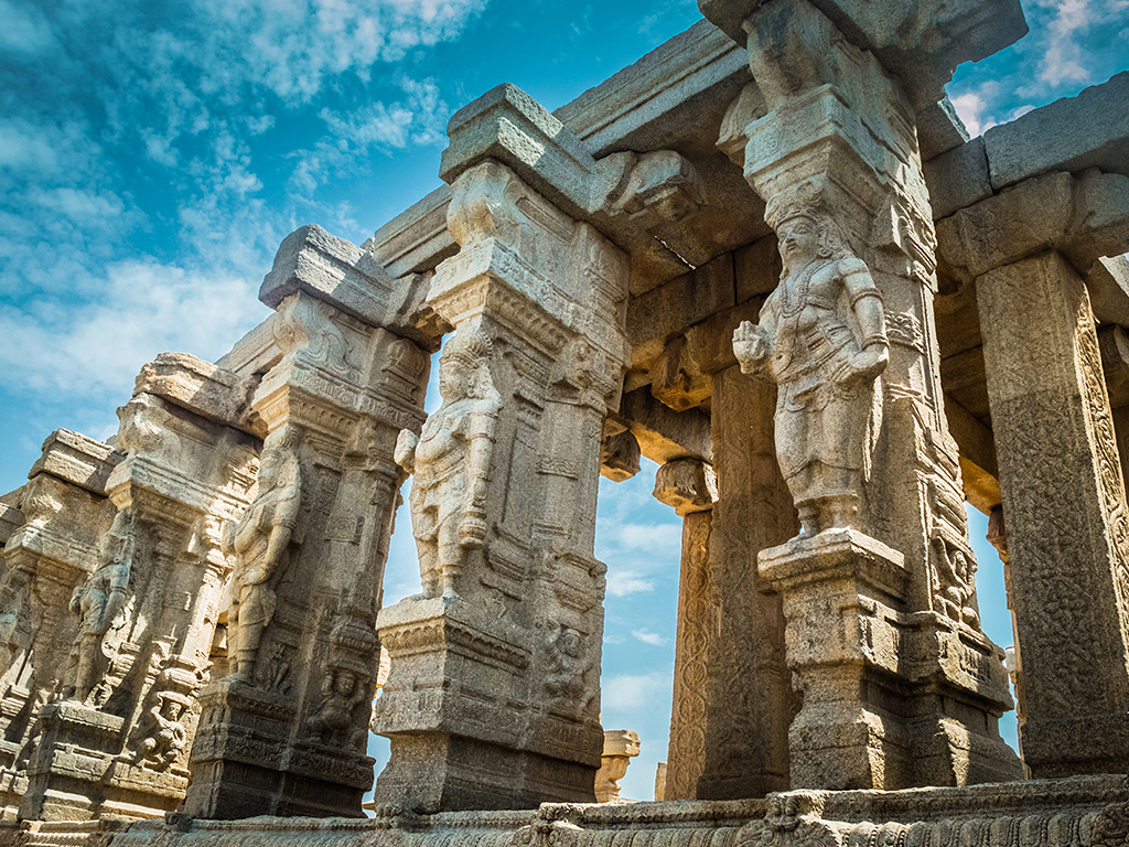 Andhra Pradesh's Lepakshi temple complex is filled with architectural wonders, like seemingly-floating columns, and larger-than-life sculptures and statues.