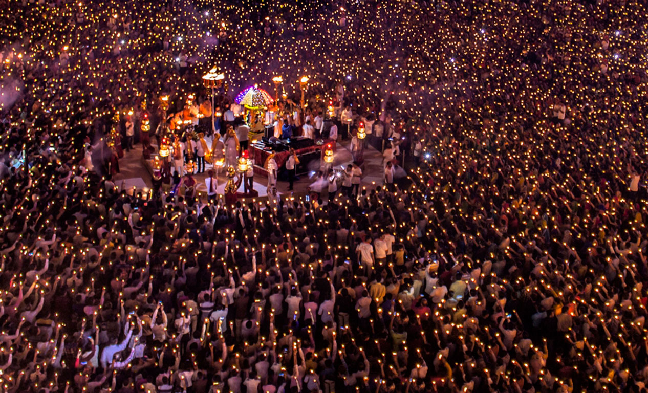 The Navratri aarti at Umiya Dham temple in Surat, when over 35,000 oil lamps are lit.