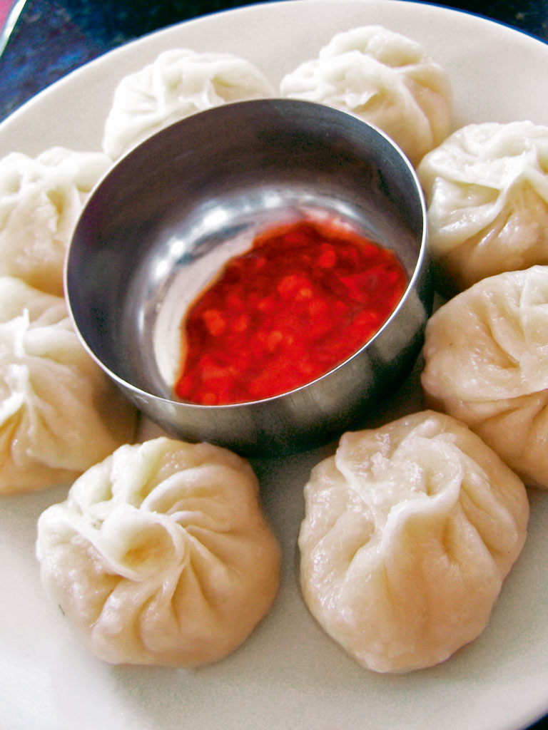 momos in Bylakuppe