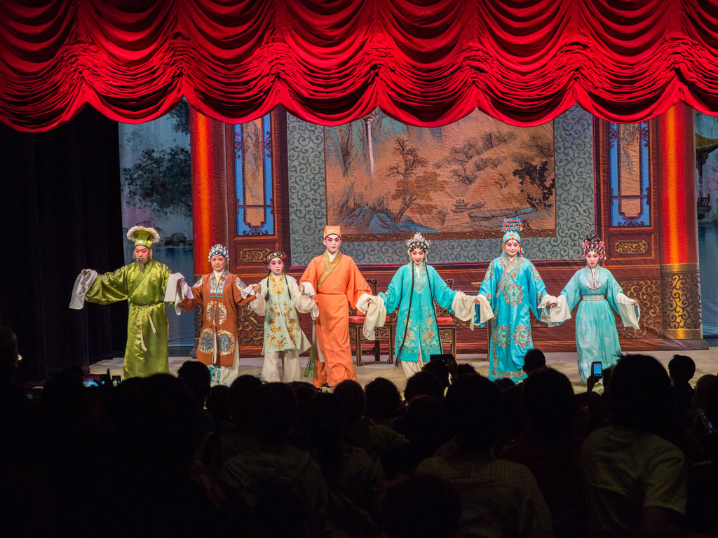 The troupe takes a bow at Yau Ma Tei, the only surviving pre-World War II era theatre in Kowloon. Photo Courtesy: Chinese artists association of Hong Kong