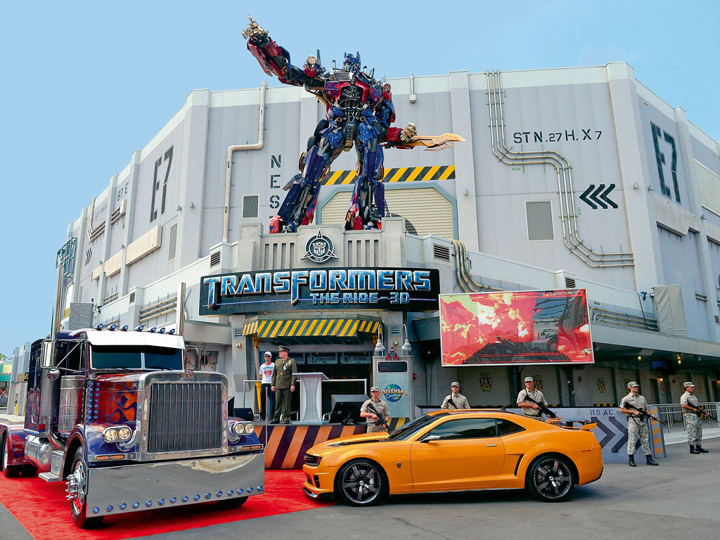 "On a family trip to Universal Studios, he enjoyed the Transformers ride but ""chickened out"" of the Harry Potter one. Photo by: Olivia Salazar /Contributor/WireImae/getty images"