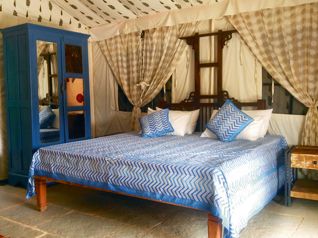 The interiors of the tents are furnished with air conditioning, western toilets, showers and televisions, camping here is a luxury experience. Photo Courtesy: Bohemyan Blue Stay