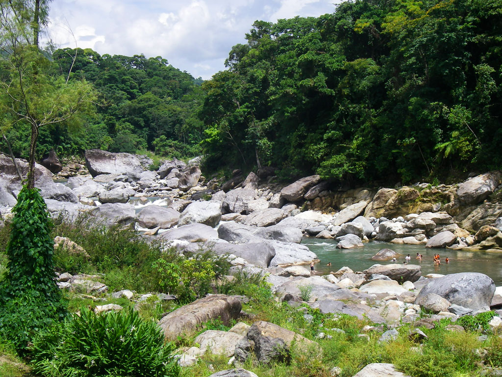 Rio Cangrejal (Cangrejal river) is the natural lifeline of La Ceiba, a coastal city in Honduras. Photo by Robert_Ford/iStock.