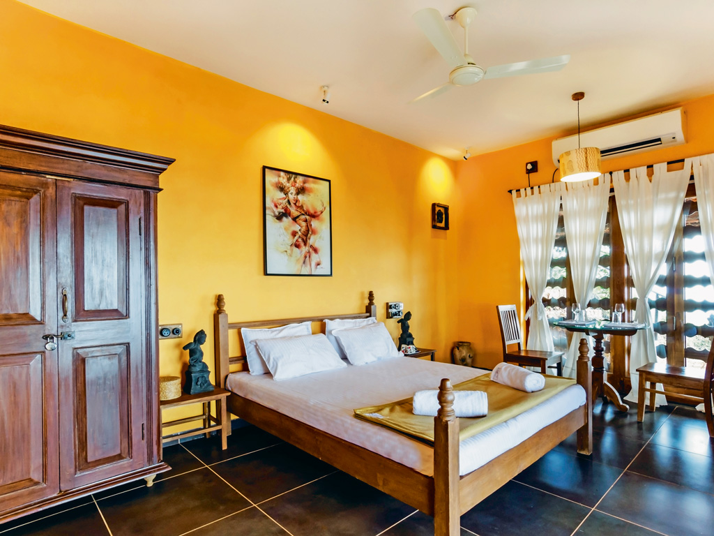 The décor inside the villas is restrained and rustic.